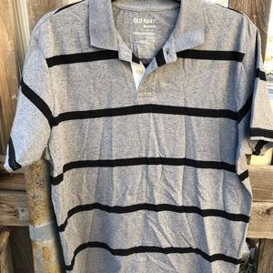 Old Navy Striped Tee in Gray/ Black